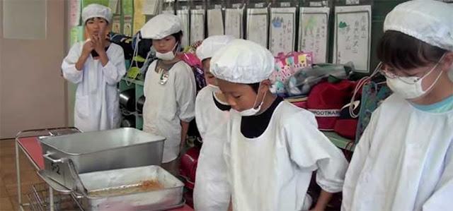 limpieza escuelas japón