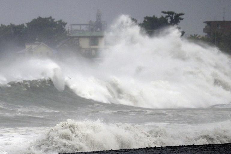 tokio tifón Faxai
