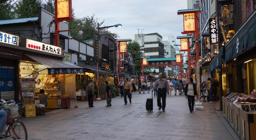 Demboin-dori, calle tradicional en Asakusa podría desaparecer