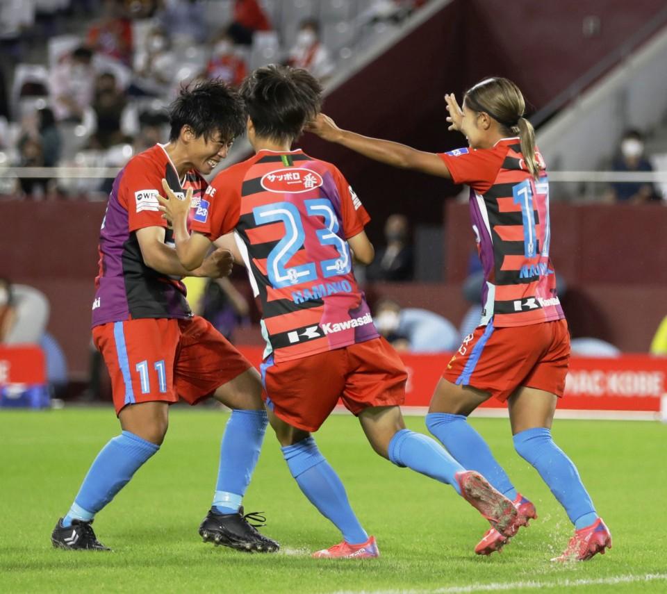 Arranca la primera liga profesional de fútbol femenino en Japón